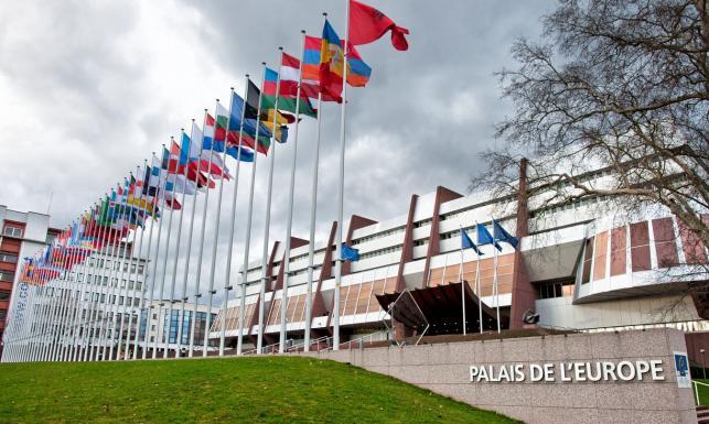 Rada Europy przyjęła rezolucję ws. praworządności w Polsce. Jest reakcja polskiego rządu