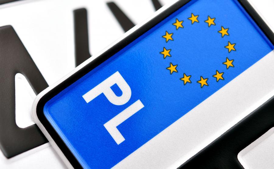 Jak złodzieje kradną samochody w Polsce? Metodą na zasłabnięcie