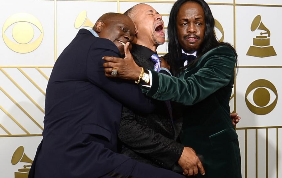 Najzabawniejsze zdjęcia z Grammy 2016: Philip Bailey, Ralph Johnson i Verdine White z grupy Earth, Wind and Fire