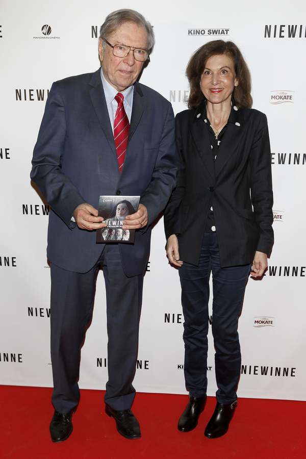 """Anne Fontaine i Krzysztof Zanussi na premierze filmu """"Niewinne"""""""