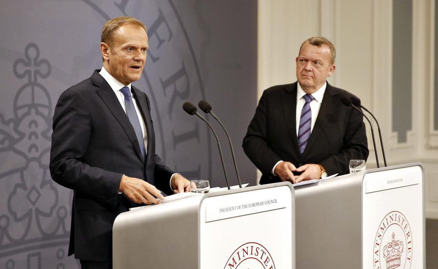 Szef Rady Europejskiej Donald Tusk i duński premier Lars Lokke Rasmussen
