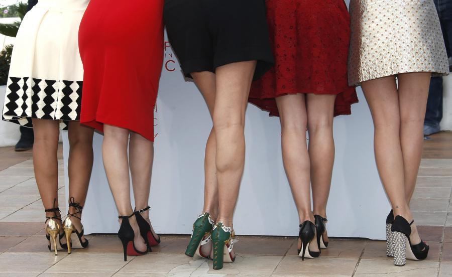 """Gwiazdy nowego filmu Almodovara """"Julieta"""": Inma Cuesta, Emma Suarez, Rossy de Palma, Adriana Ugarte i Michelle Jenner"""