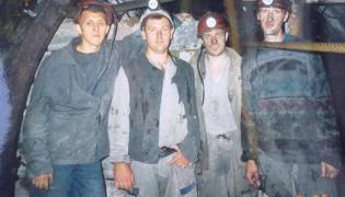 Maksym Butczenko drugi z prawej