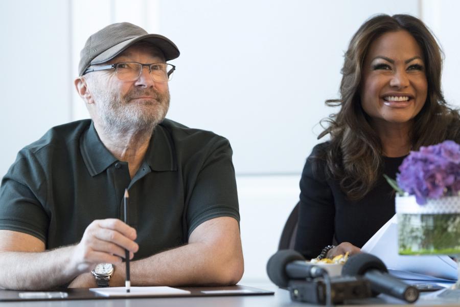 Phil Collins i jego żona Orianne na konferencji prasowej zapowiadającej koncert w Lozannie