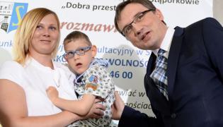 Siedmioletni Filip z mamą i Zbigniew Ziobro