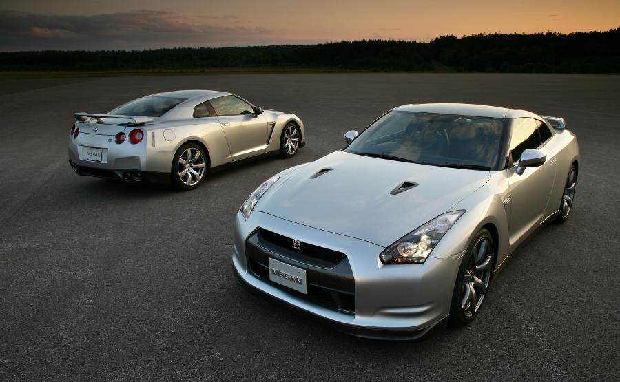 Nissan GT-R produkowany od 2009 roku