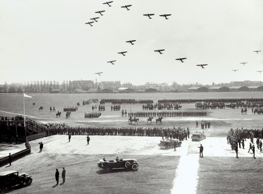 PODNIEBNA II RZECZPOSPOLITA: samoloty, szybowce, balony, sterowce...