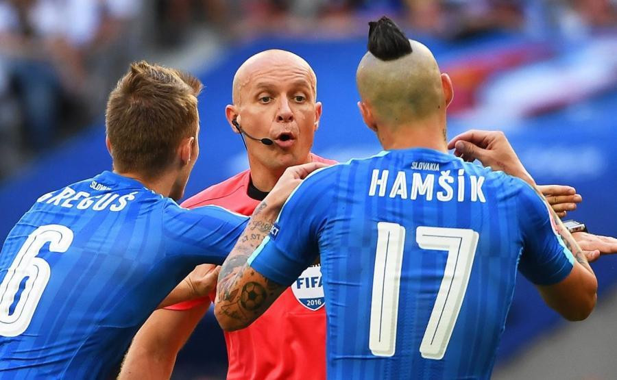 Szymon Marciniak w czasie meczu Niemcy-Słowacja