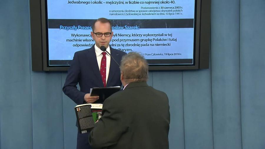 Zakłócona konferencja, Straż Marszałkowska użyła siły. Pracownik biura poselskiego nie chciał wyjść z Sejmu