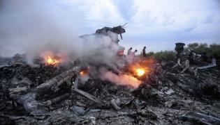 Wrak zestrzelonego MH17