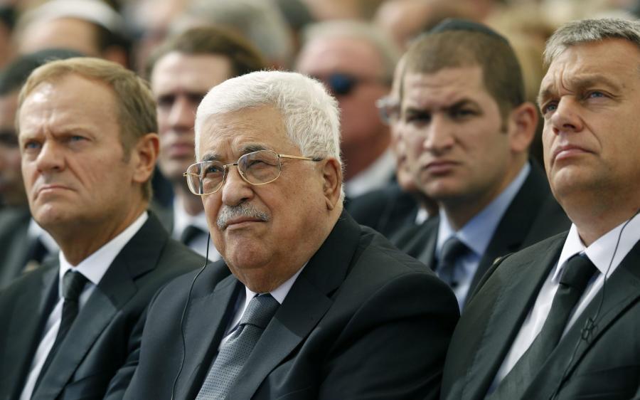 Donald Tusk, Mahmoud Abbas (prezydent Palestyny) i Wiktor Orban (premier Węgier)