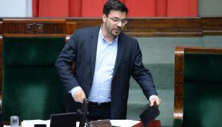 Wicemarszałek Stanisław Tyszka skomentował doniesienia o przejścoi posłów jego ugrupowania do PiS-u