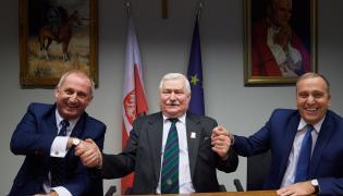 Sławomir Neumann, Lech Wałęsa, Grzegorz Schetyna