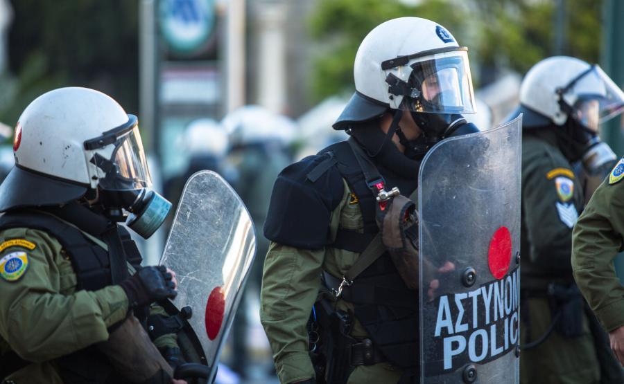 Greccy policjanci w Atenach