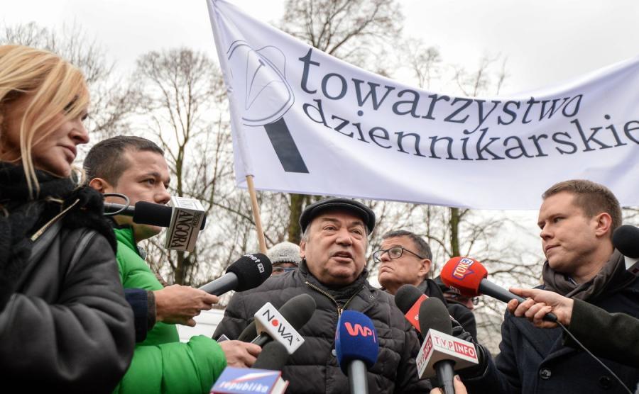 Protest dziennikarzy przed Sejmem