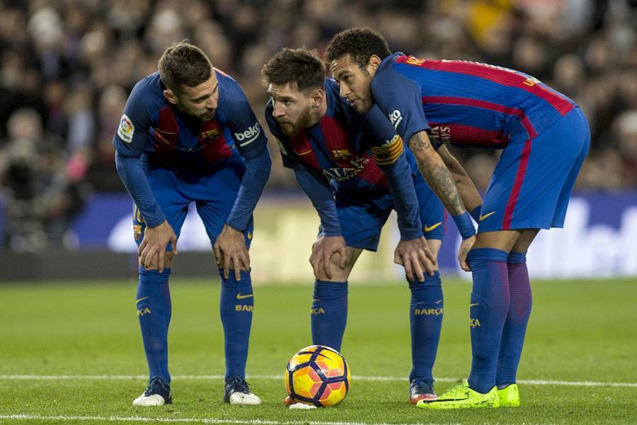 Lionel Messi (C), Neymar (P) i Jordi Alba (L)